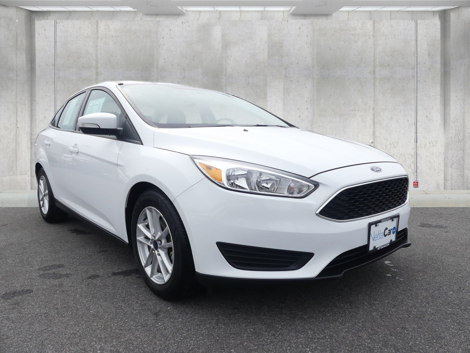 Certified Pre-Owned 2016 Ford Focus CERTIFIED SE--POWER SEAT--6,700 MILES