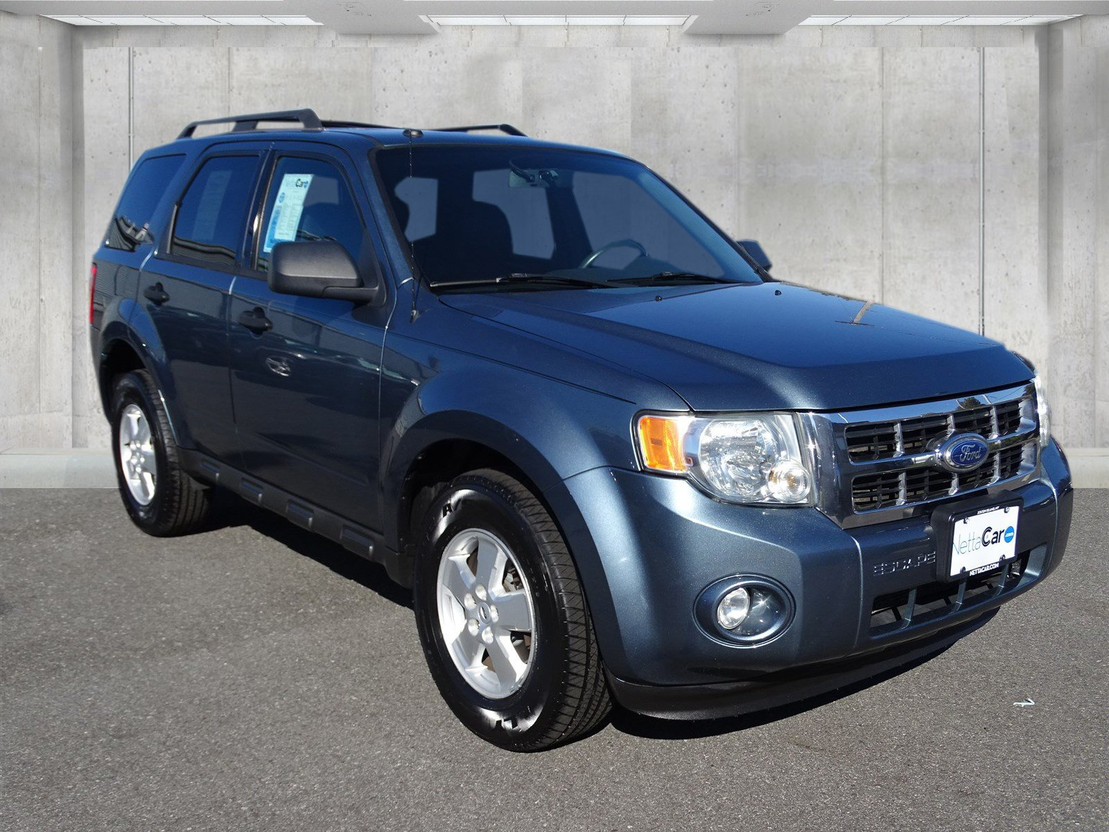 Pre-Owned 2010 Ford Escape XLT